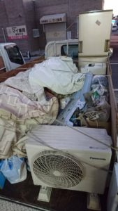 不用品回収のトラック積み放題パック|リセットサービス