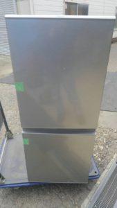 施設のゴミ処分、2018年製冷蔵庫と2016年製小型テレビの買い取り