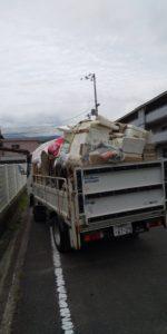 2トン車3台分の家電、原付などの回収