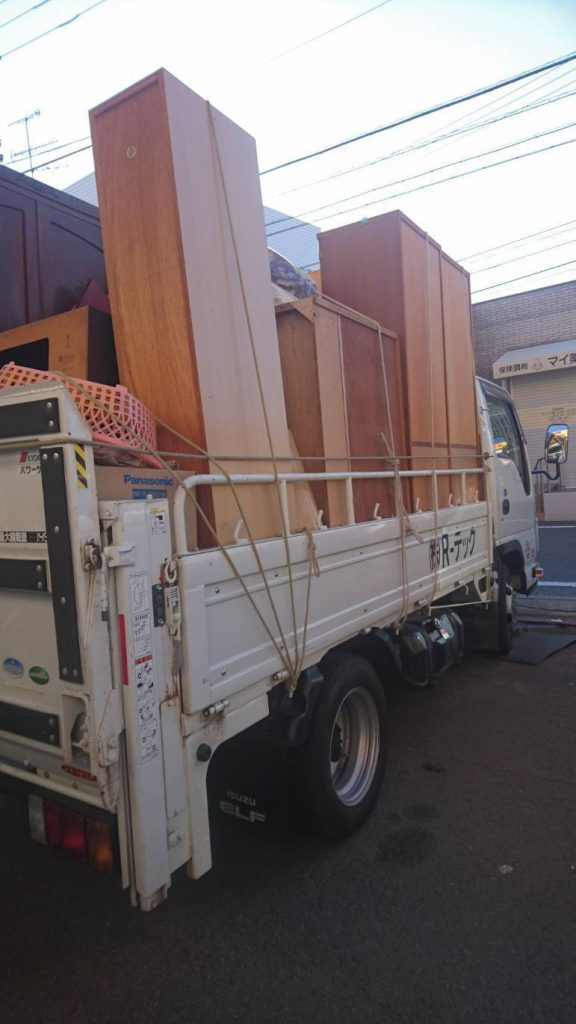 タンスなど大型家具の回収