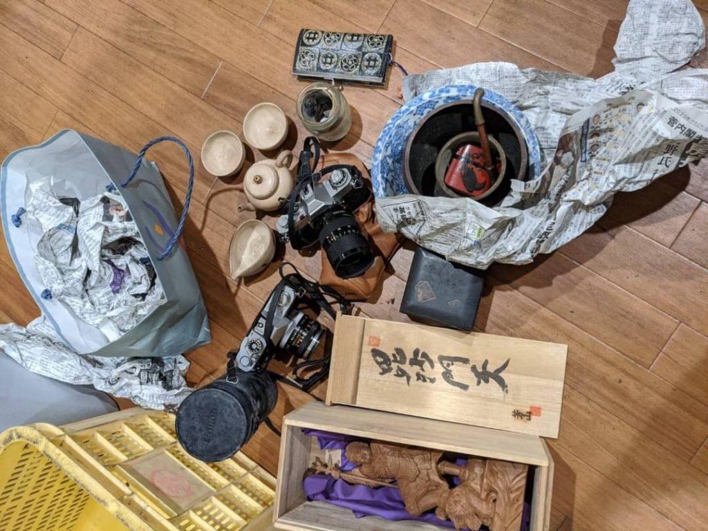 西垣生、片付けに伴う不用品回収、記念硬貨、額面など 買取