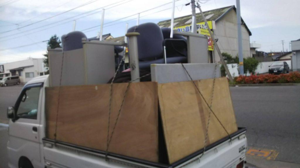 事務所の撤去に伴う不用品回収(ロッカー、棚は買取)