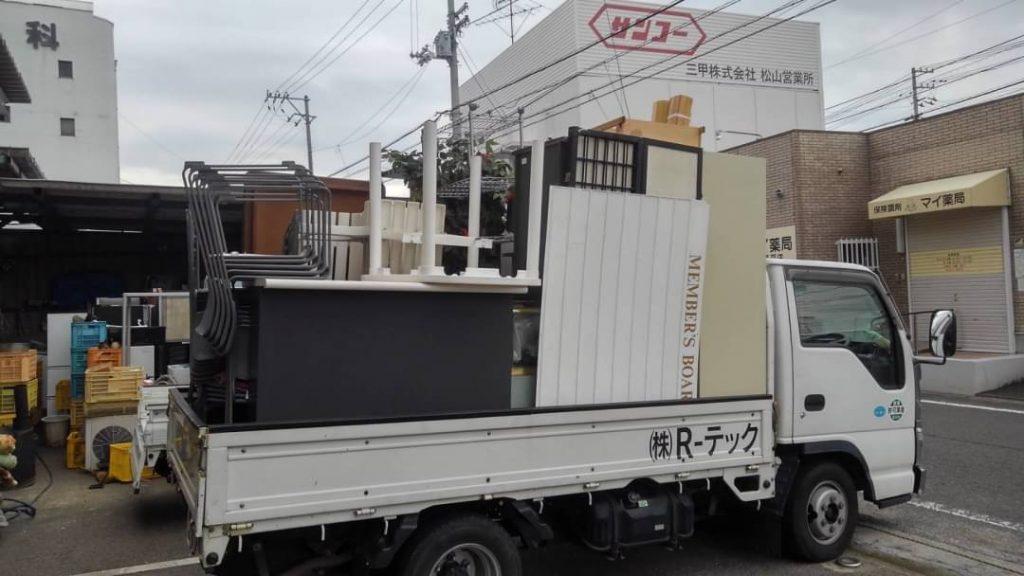 松山市土居田、店舗閉店に伴う回収、約1車程度、4人用ロッカー、靴箱、ラック、イス、ベンチ、ガーデンテーブル、他小物など買取