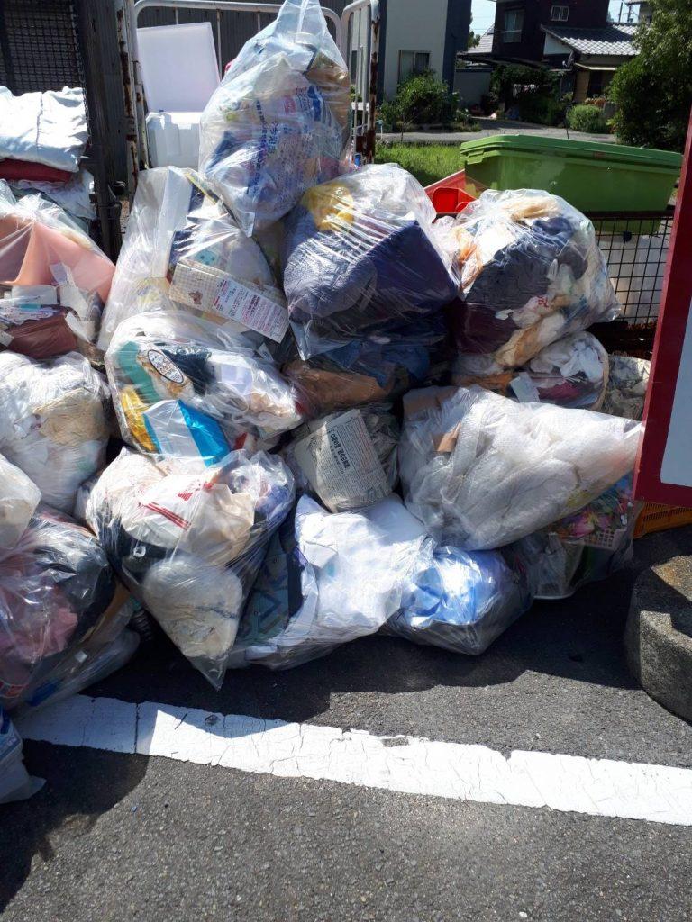 2トントラック2車分の不用品回収(愛媛県今治市)