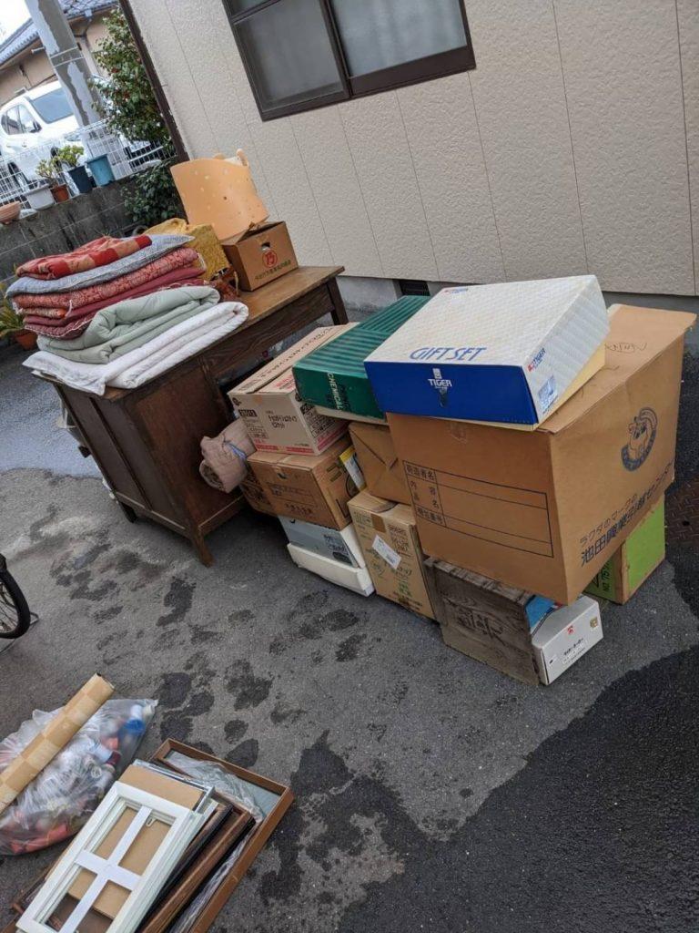 松山市高岡町、片付けに伴う不用品回収
